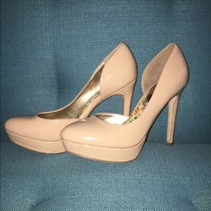 Madden girl patent leather nude heel sz 6.5